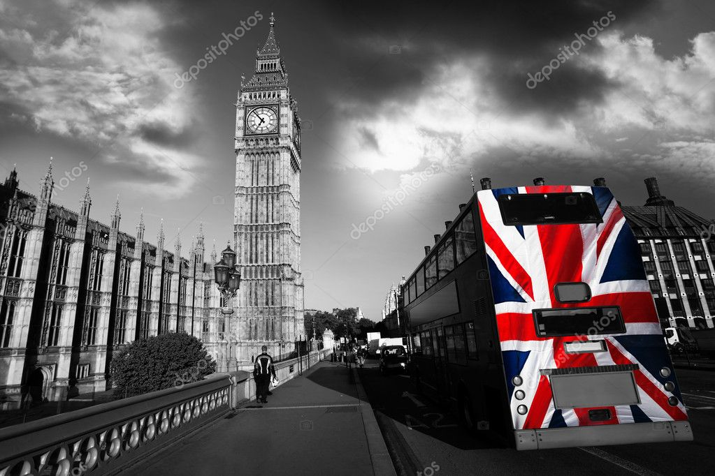 Famous Big Ben with clock in London, England — Stock Photo #10799246