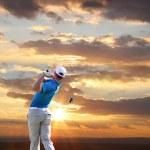 man spela golf — Stockfoto #11086795