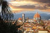 Florencie v jarní čas, toskánsko, itálie — Stock fotografie