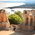 Taormina theater in Sicily, Italy — Stock Photo #11795146
