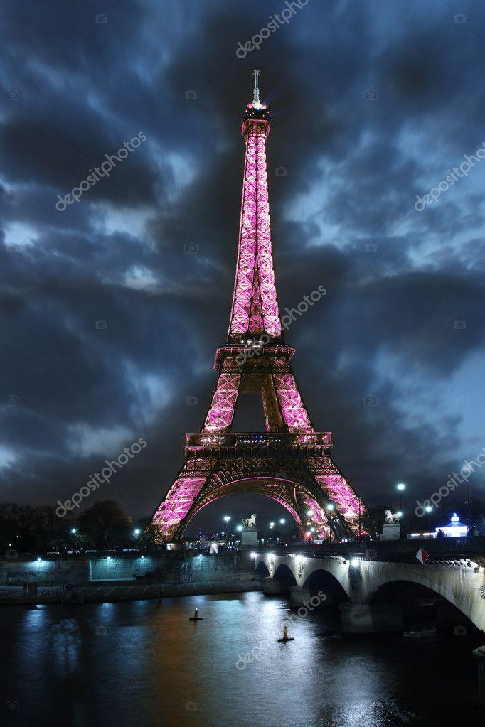 法国的埃菲尔铁塔
