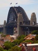 Rooftops In Front Of The Sydney Harbour Bridge, Sydney, Australia — Stock Photo