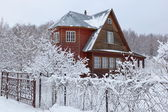 House in countryside (dacha) after heavy snowfall. Moscow region. Russia. — Stock Photo