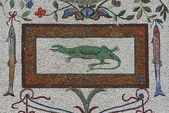 Lizard and fishes mosaics - Vatican gardens — Stock Photo