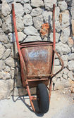 Rusty old wheelbarrow — Stock Photo