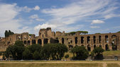 Romanic ruins in Rome — Stock Photo
