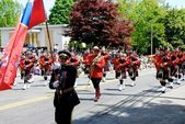 RCMP march in the 2012 apple blossom parade — Stock Photo
