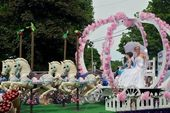 Princess in the Parade — Stock Photo