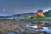 Eilan Donan Castle at night — Stock Photo