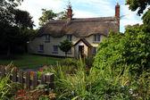 Английский дом — Стоковое фото