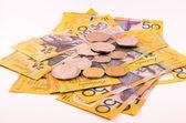 австралия законопроекты и монеты, изолированных в белом — Стоковое фото