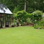 Garden green house — Stock Photo #11105458