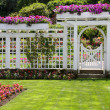 Rose garden gate — Stockfoto