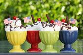 Icecream sundaes — Stock Photo