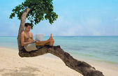 Beach laptop vacation — Stock Photo