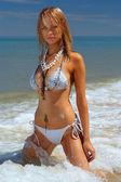 красивый пляж бикини gir — Стоковое фото