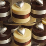 Cupcake wedding cake — Stock Photo