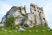 Średniowieczny zamek ogrodzieniec, Polska — Zdjęcie stockowe