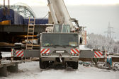 100 ton crane at the construction of the bridge — Stock Photo