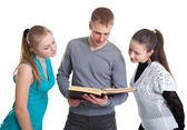 Three young men are preparing for the exam at school — Stockfoto