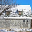 Old barn in winter — Foto Stock