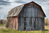 Dilapidated old barn — Foto Stock