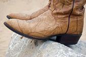 靴子上博尔德的平衡 — 图库照片