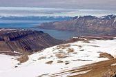 Isfjorden fiyort svalbard adalar üzerinde — Stok fotoğraf