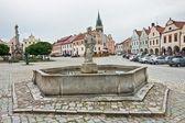 Telc - la plaza con una fuente. república checa — Foto de Stock