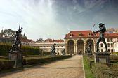 彫像、ヴァレンシュタイン庭園、プラハで salla terrena — Stock fotografie