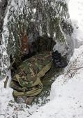 Sleeping Out in Winter - Bivouac Under the Tree in a Snowdrift — Stock Photo