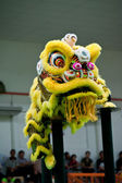 Lion dance on stilts — Stock Photo