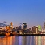Cincinnati skyline. — Stock Photo #11166301