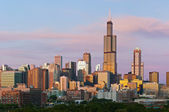 Chicago skyline at twilight. — Stock Photo