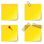 Yellow notice papers isolated on white. — Stock Vector