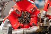 Close of making machine screw — Stock Photo