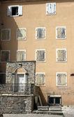Many windows on house wall — Stock Photo