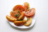 Rebanadas de tomate naranja — Foto de Stock
