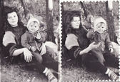 Vintage old photos of mom and child — Stock Photo