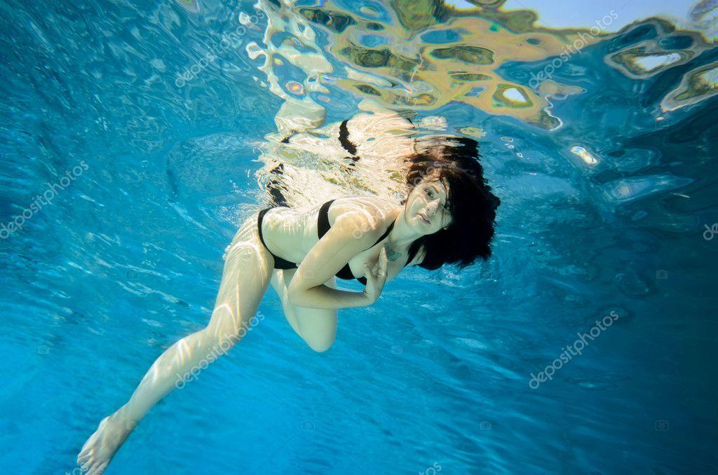 Прыгать воде снятся в