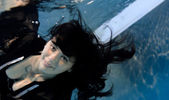 Sexy underwatersmile — Stock Photo
