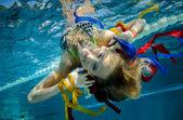 Girly underwaterportrait — Stock Photo