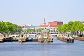 Floodgates in the river Amstel in Amsterdam the Netherlands — Stock Photo