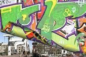 Graffiti na ścianie w amsterdam, holandia — Zdjęcie stockowe