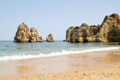 Rocks and ocean near Lagos in Portugal — Stock Photo