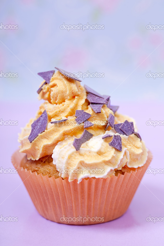 Orange  pink cupcake  party snack closeup — Stock Photo #11178442