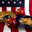 Amnerican Apple Pie/Flag — Stock Photo