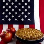 Apple Pie & American Flag — Stock Photo #11197887