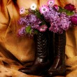 Cowboy Boots and Flowers — Stock Photo