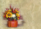 Fall and autumn floral arrangement — Stock Photo